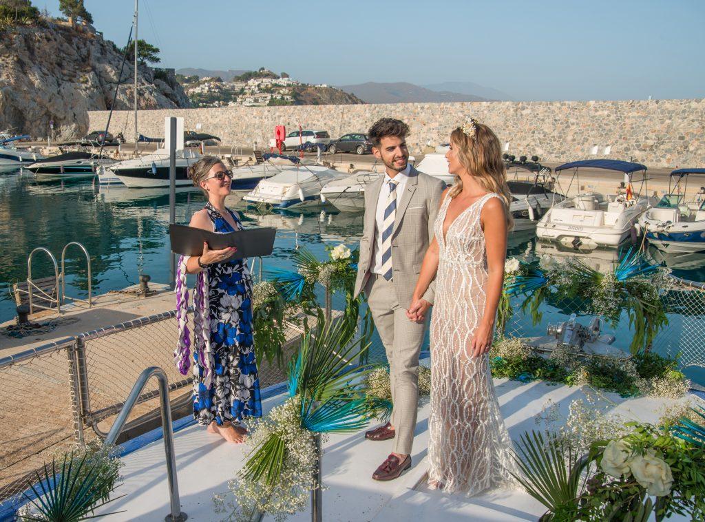 Wedding-Couple-Wedding-Celebrant-Yacht